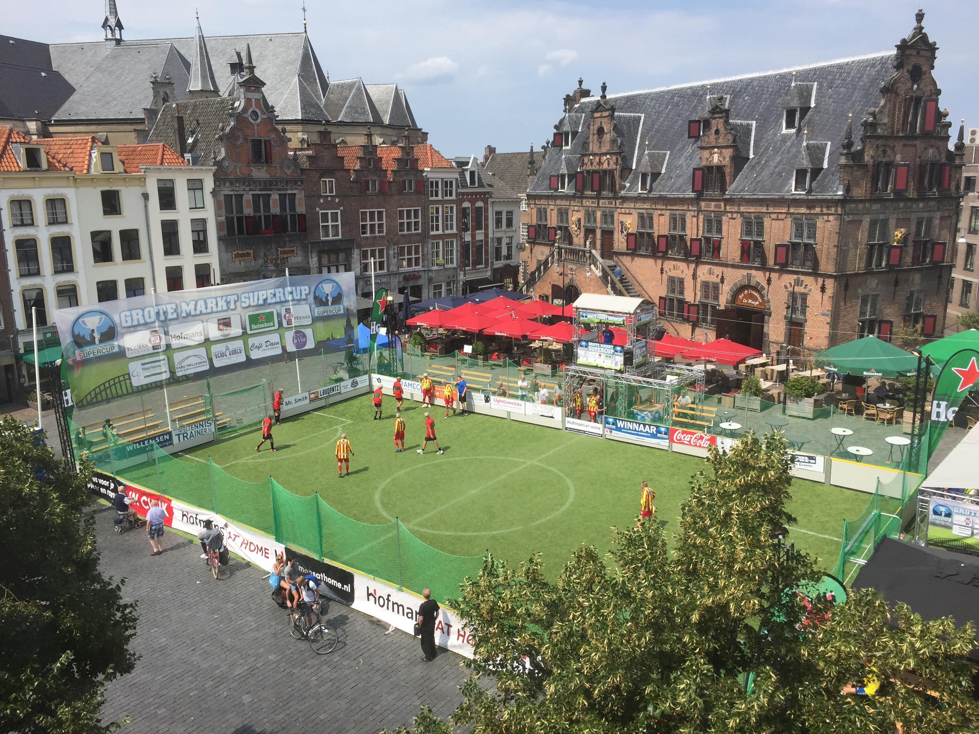Internationaal deelnemersveld bij N.E.C. Oldstars toernooi